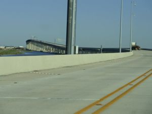This is the bridge at the end of LA HWY 1.